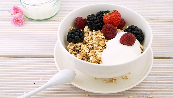 Oatmeal is a popular vegan source of protein