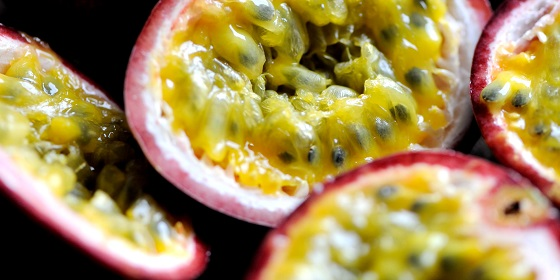 Magnesium rich food: passion fruit