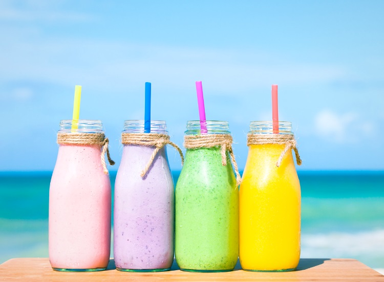 Smoothies in different colors