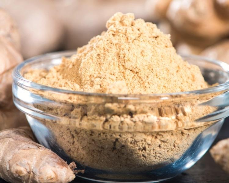 Ginger powder in bowl
